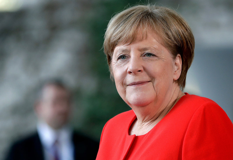 Merkel stresses importance of free trade ahead of visit to US