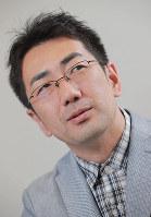 作家の木下昌輝さん=大阪市北区の毎日新聞大阪本社で、三村政司撮影