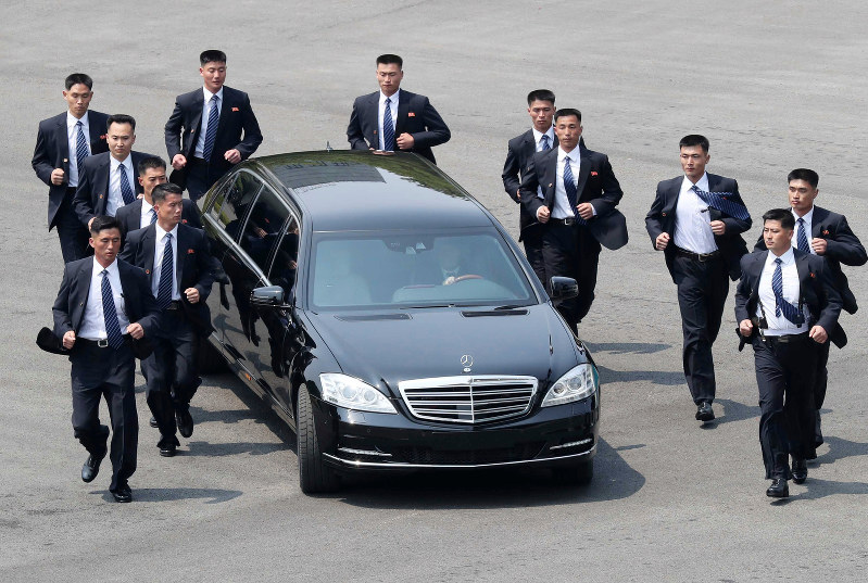 Kim S Travel At Koreas Summit In A Mercedes Benz Turning Heads Germany