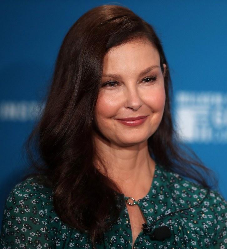 米国:「#MeToo」きっかけの女優、プロデューサーを提訴 - 毎日新聞