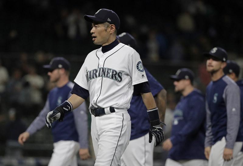 Ichiro Suzuki transitioning to front office with Mariners