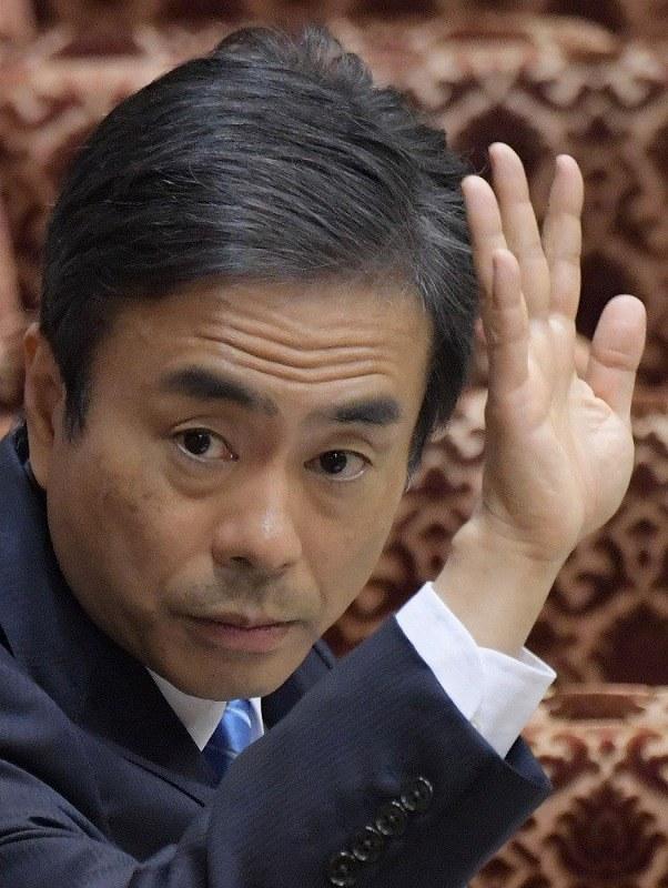 柳瀬氏、「首相案件」否定