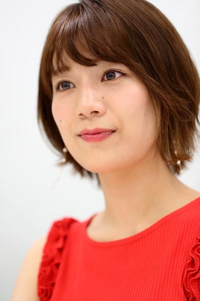 インタビューに答える佐藤さん=東京都目黒区で2018年5月、小座野容斉撮影