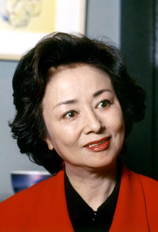 訃報:星由里子さん74歳=女優、...