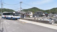 岡山市東区久々井地区では、2方面に1日1本ずつしかバスが運行していない=林田奈々撮影