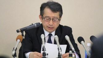 シェアハウス融資問題で経緯を説明する米山明広・スルガ銀行社長=2018年5月15日、石川宏撮影