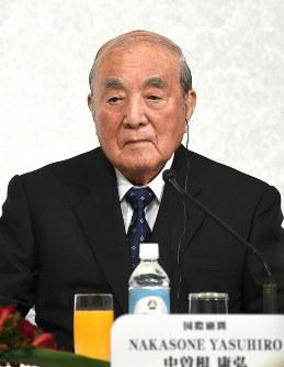 Former Prime Minister Yasuhiro Nakasone is seen in Minato Ward, Tokyo, on Oct. 17, 2017. (Mainichi)