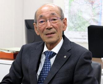 福島・浪江:馬場町長辞職を町議...