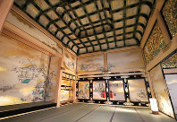 The Jorakuden Jodan-no-ma, the lord's audience chamber, is seen in Nagoya Castle's rebuilt Honmaru Palace in Nagoya's Naka Ward, on June 4, 2018. (Mainichi)