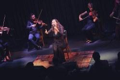 ブルーノート東京での公演でハレルヤなどを熱唱するシルビア・ペレス・クルス=佐藤拓央撮影