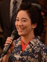 意気込みを語る水川あさみさん=東京都渋谷区で2018年6月13日午前11時59分、井上知大撮影