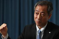 インタビューに答える山川宏・宇宙航空研究開発機構理事長=東京都千代田区で2018年6月6日、玉城達郎撮影
