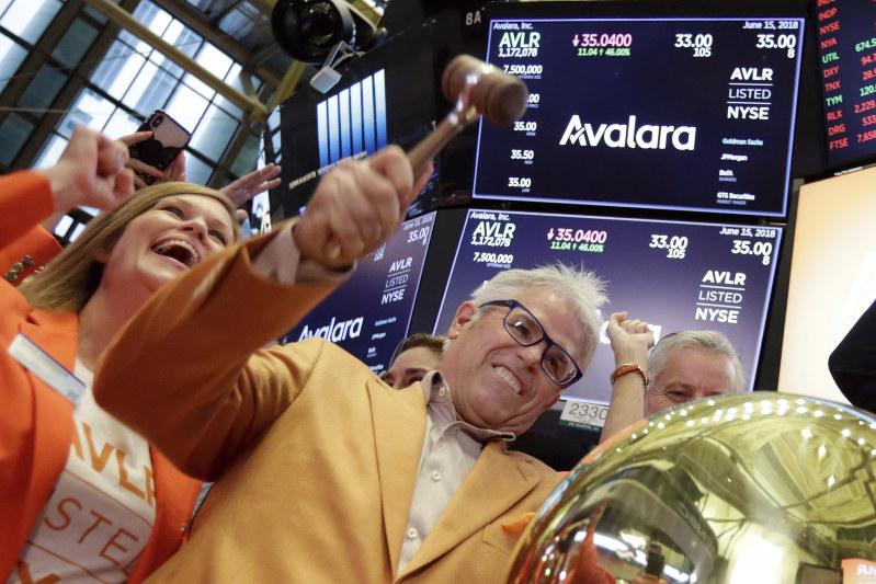 Stocks sink as trade worries rise