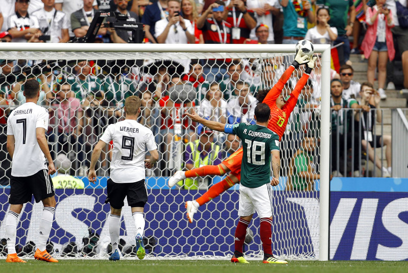 soccer mexico beats defending champion germany 1 0 at world cup