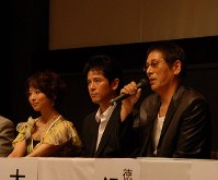 Ren Osugi talks about films in which he appeared, in his home prefecture of Tokushima, on July 22, 2010. (Mainichi)