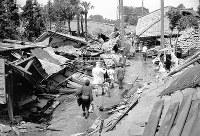 町内の全ての建物が倒壊または焼失した福井県春江町(現坂井市春江町)=1948年6月撮影