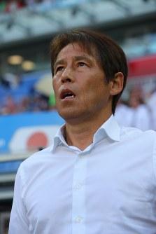 【日本-ポーランド】ポーランド戦に臨むサッカー日本代表のサッカー日本代表の西野監督=ロシア・ボルゴグラードで2018年6月28日、長谷川直亮撮影