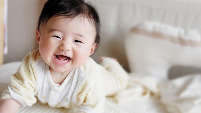 赤ちゃんは生後4カ月から 見た目と音 で素材認識 医療プレミア特集 鈴木敬子 毎日新聞 医療プレミア