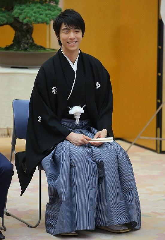 In Photos: Figure skating star Hanyu receives national honor award[写真特集5/6]- 毎日新聞 YuzuNews2021 da 21 a 31 Maggio