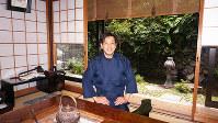京都の料亭で板前の修業を積み、26歳で故郷に戻った下御殿の龍神英弥社長=和歌山県田辺市龍神村で、北林靖彦撮影