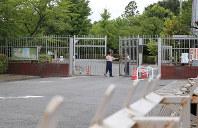 オウム事件の死刑囚が収容されている東京拘置所=東京都葛飾区で2018年7月26日午前8時4分、長谷川直亮撮影