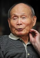 浜田知明さん 100歳=銅版画家(7月17日死去)