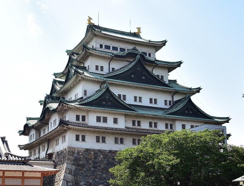 名古屋城:木造天守閣復元 月内の計画提出を断念 | 毎日新聞