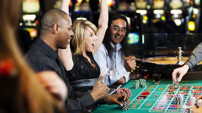 ギャンブル依存の原因は「意志の弱さ」ではない? | 医療・健康Tips | 毎日新聞「医療プレミア」