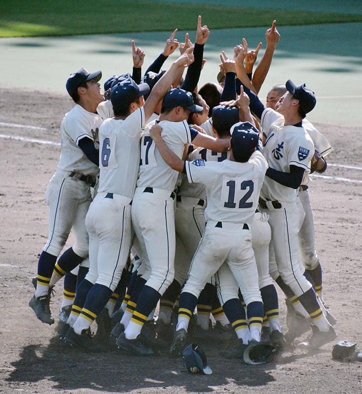 第100回全国高校野球:岡山大会決勝 創志学園、2年ぶり夏切符 猛攻 ...