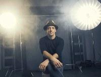 ジェイソン・ムラーズ (C)Justin Bettman 提供:ワーナーミュージック