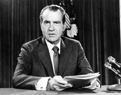金とドルの交換停止を発表する米ニクソン大統領(1971年)(毎日)