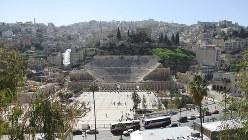 アンマンのダウンタウンに完全な形で残るローマ時代の円形大劇場(写真は筆者撮影)