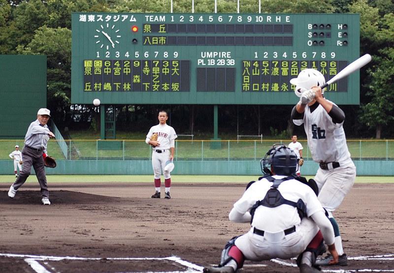 1953年の夏の甲子園で対戦した滋賀・八日市と石川・金沢泉丘の…