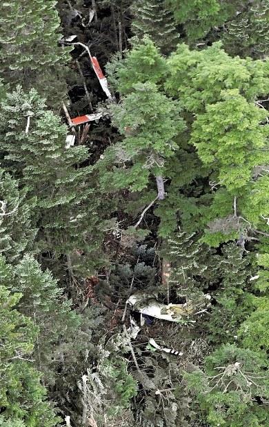 群馬県防災ヘリ墜落:9人搭乗 2人死亡、6人容体不明 1人未発見 ...