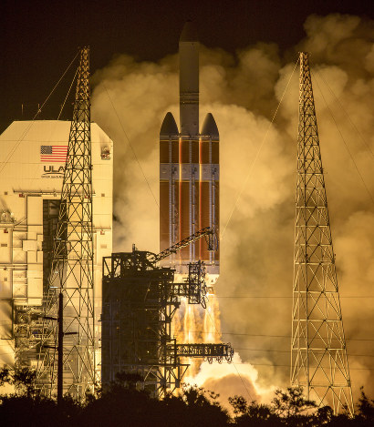 NASA: Parker Solar Probe launches on mission to 'touch the sun' | Daily Star