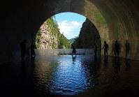 MADアーキテクツが改修した清津峡渓谷トンネルの内部=永田晶子撮影