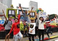 市中心部に設置されたアジア大会開幕までのカウントダウンボード=ジャカルタで2018年8月17日、宮間俊樹撮影