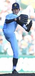 【近江―金足農】五回、力投する近江の林=阪神甲子園球場で2018年8月18日、平川義之撮影