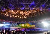 第18回アジア大会の開会式=ジャカルタのブンカルノ競技場で2018年8月18日、宮間俊樹撮影