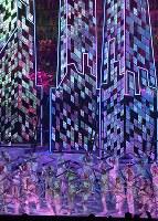 第18回アジア大会の開会式のパフォーマンス=ジャカルタのブンカルノ競技場で2018年8月18日、宮間俊樹撮影