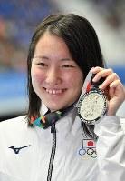 競泳女子200メートル背泳ぎで2位に入った酒井夏海=ジャカルタで2018年8月19日、宮間俊樹撮影