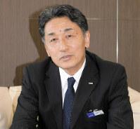「多くの人に感動を与える旅を」と語る日本旅行の堀坂明弘社長=東京都中央区で