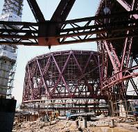 建設中の日本館=大阪府吹田市で1969年7月