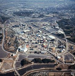 パビリオンの建設が急ピッチで進む万国博会場=1969年11月18日