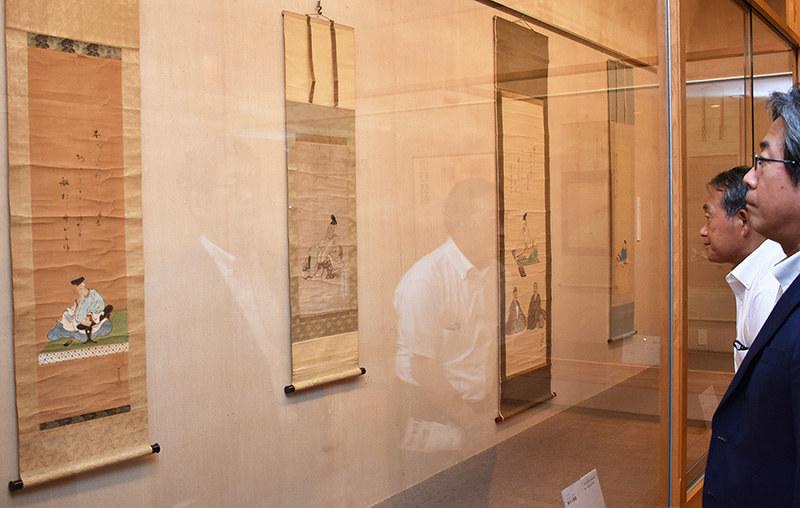 企画展:歌聖・人麻呂描く 掛け軸11点 益田 /島根 | 毎日新聞