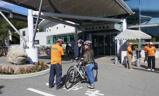 今治市にあるしまなみレンタサイクルのターミナル(筆者撮影)
