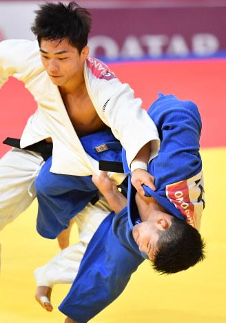 アジア大会:柔道男子73キロ級で...