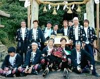 大三島の盛集落の秋祭り=2016年9月