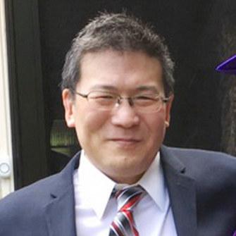 岩田太郎氏