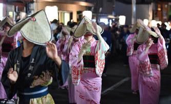 富山:「おわら風の盆」始まる ...